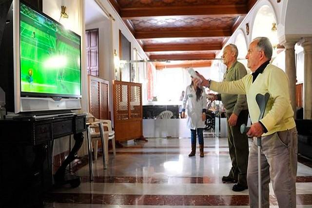 Comenzó la vacunación al personal de las residencias para personas mayores