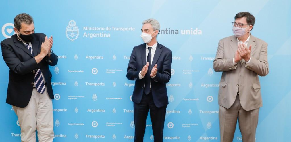 El ministerio de Transporte firmó convenios con las Universidades Nacionales de Avellaneda y Lanús