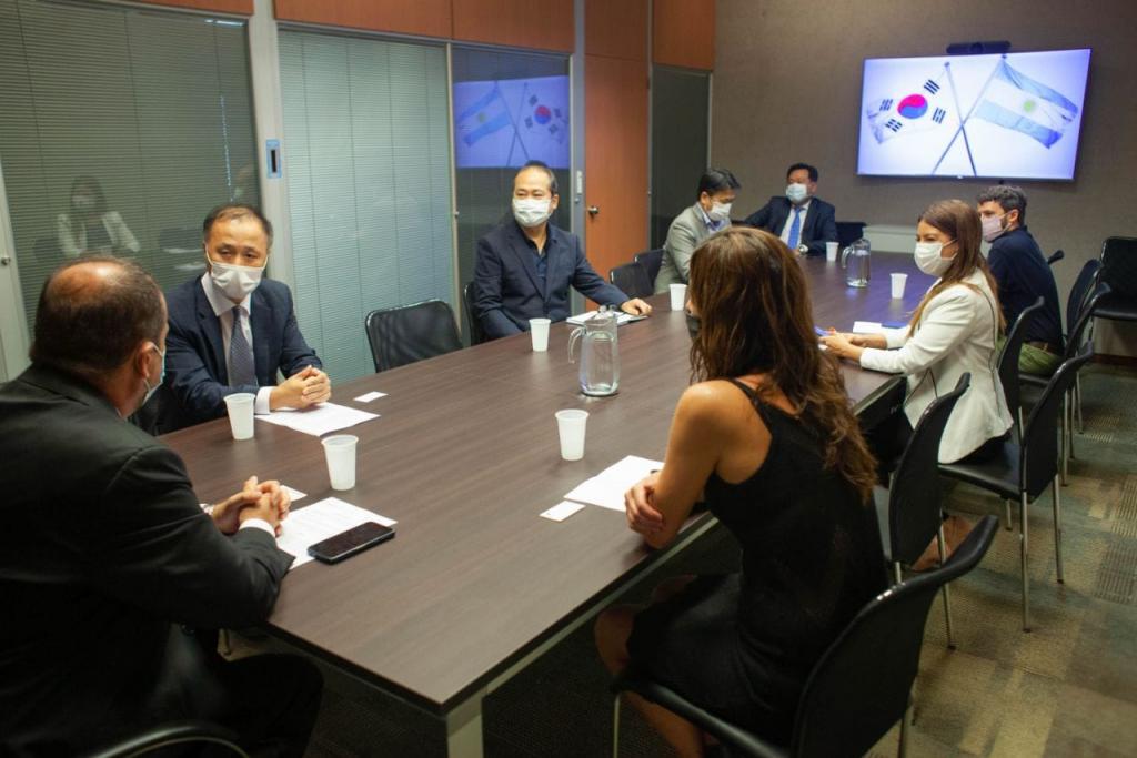 El cónsul de Corea, Han Il Lee agradeció al Ministerio de Seguridad de la Nación por hallar a un ciudadano que se encontraba desaparecido