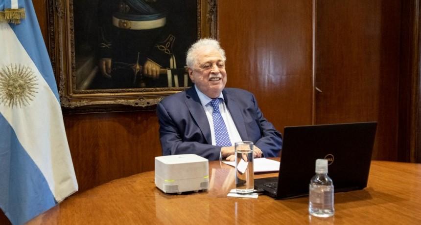 Ginés González García disertó para la Organización Iberoamericana de Seguridad Social