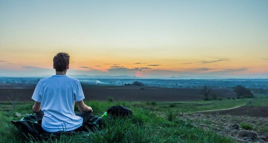 Cómo demasiada atención plena puede aumentar la ansiedad