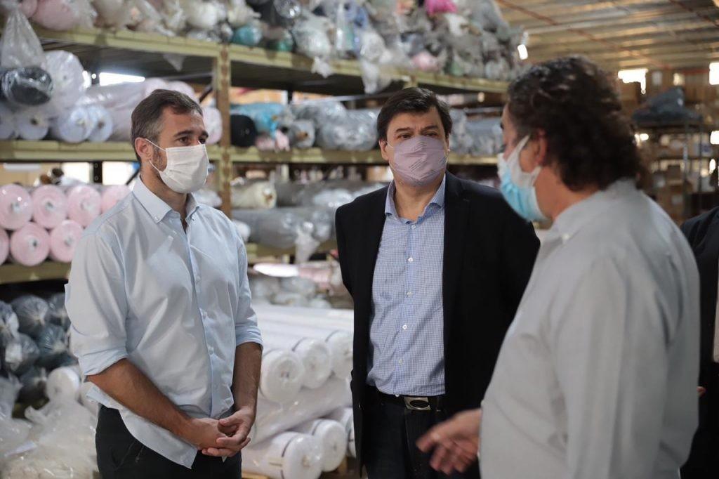 Claudio Moroni visitó la empresa Kaloz S.A en Pilar