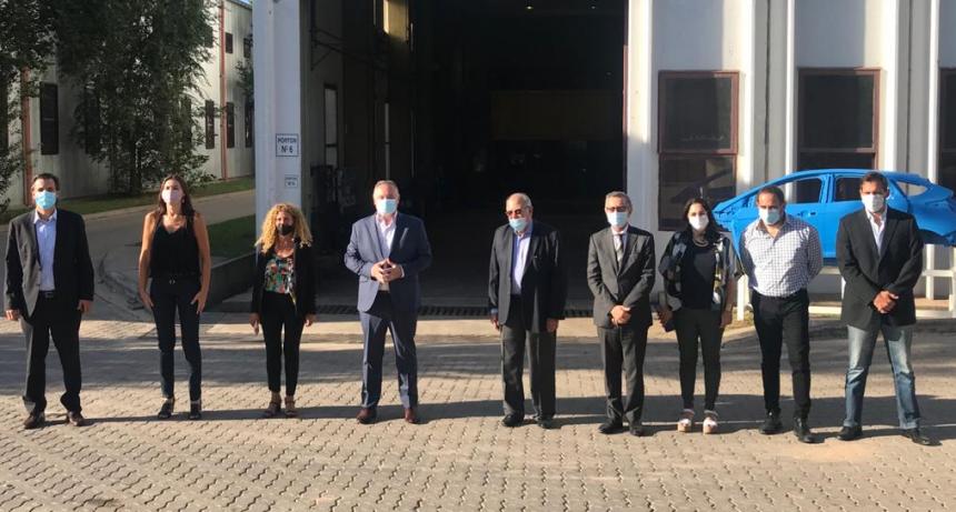 Ariel Schale inauguró la mesa regional automotriz en Córdoba y otorgó fondos a empresas para que amplíen su capacidad productiva