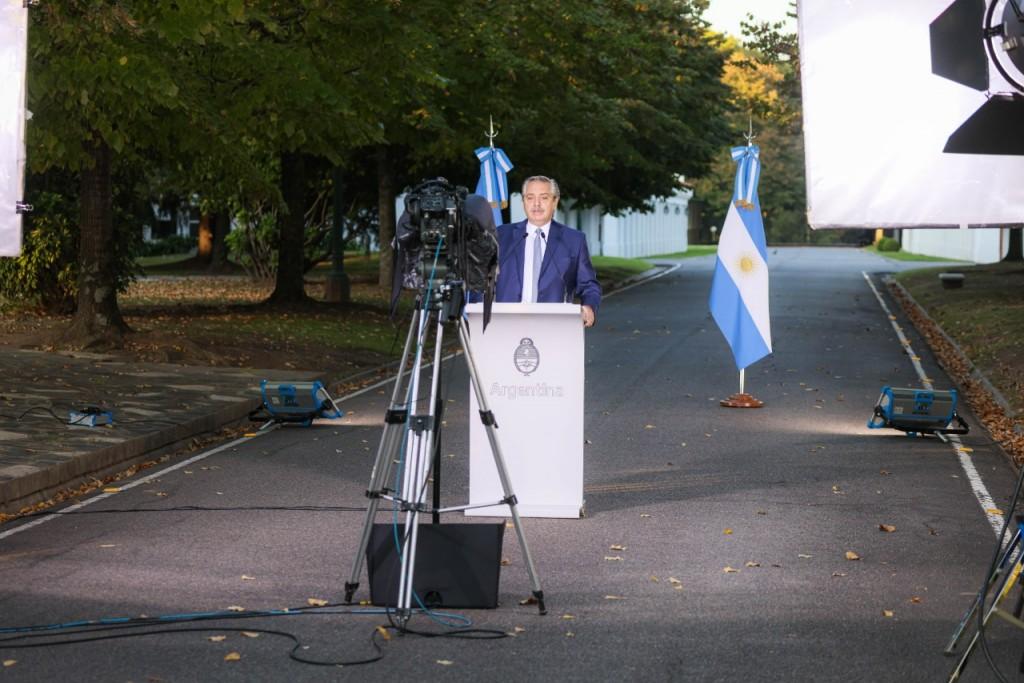 El Presidente anunció nuevas medidas para controlar los contagios de coronavirus