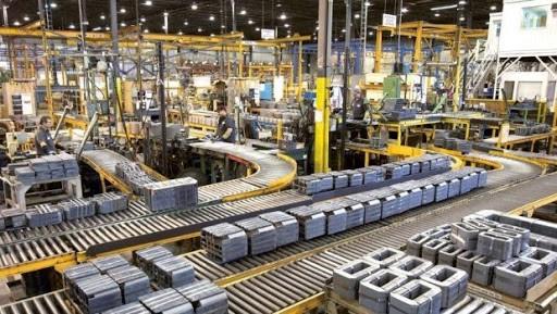 La industria cerró el primer trimestre 4,3% por encima de 2019