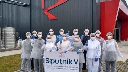 El Instituto Gamaleya ya recibió el primer lote de la vacuna Sputnik V producido en la Argentina