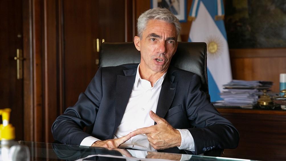 Murió el ministro Mario Meoni en un accidente automovilístico