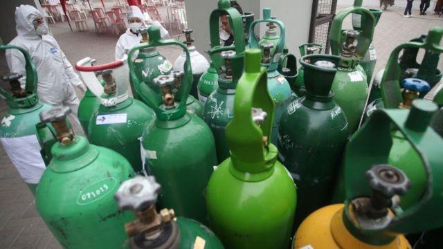 Se establece como prioritaria la provisión de oxígeno para el sistema de salud.