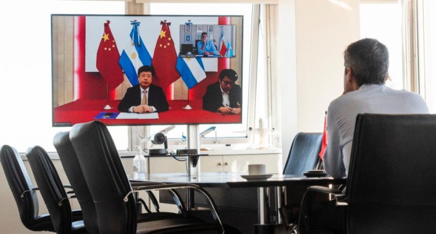 Lammens se reunió con el embajador de China