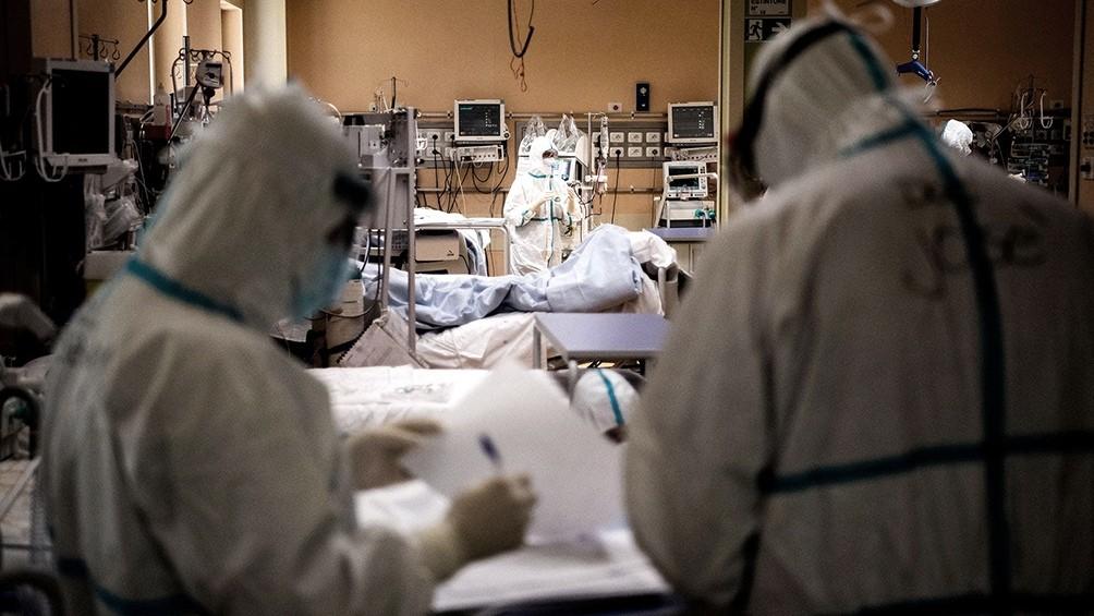 663 personas murieron por coronavirus en el país