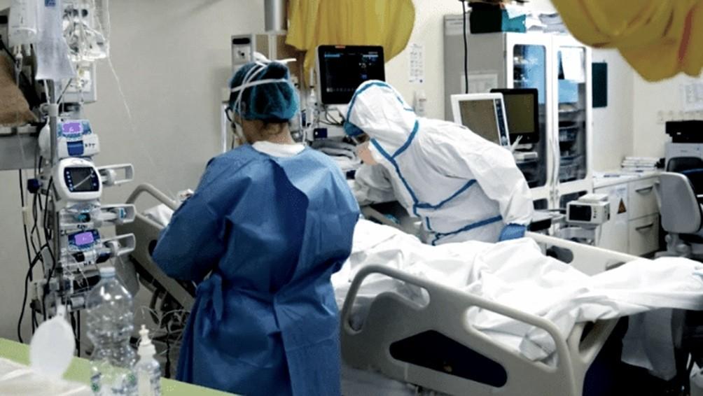 Fallecieron 611 personas y 22.552 fueron diagnosticadas con coronavirus en el país