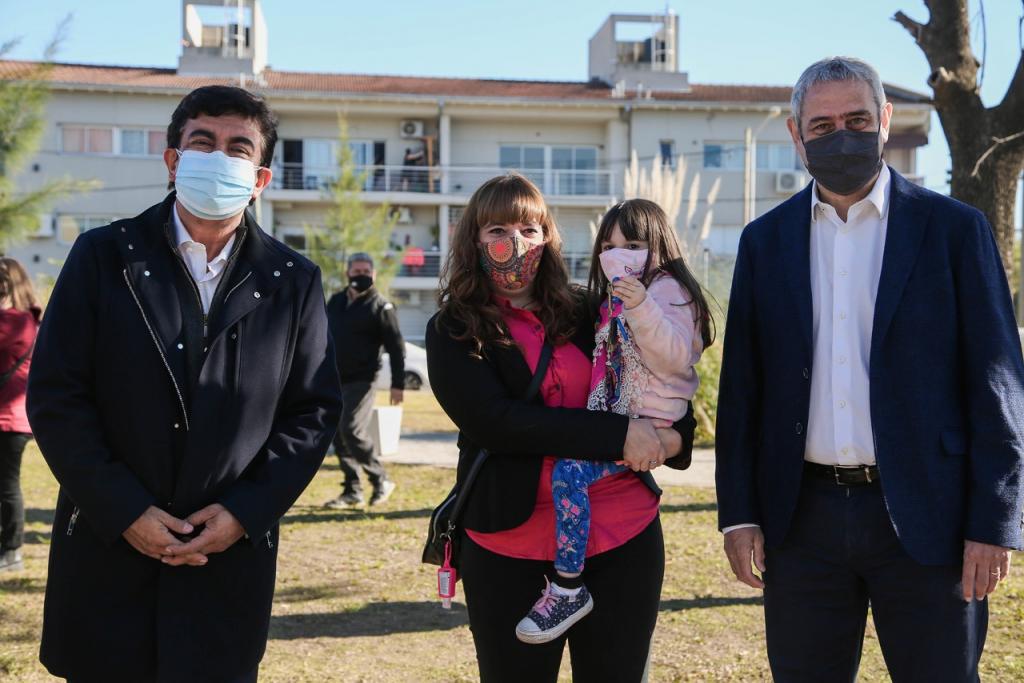 Entrega de 31 nuevas viviendas en Ciudad Evita