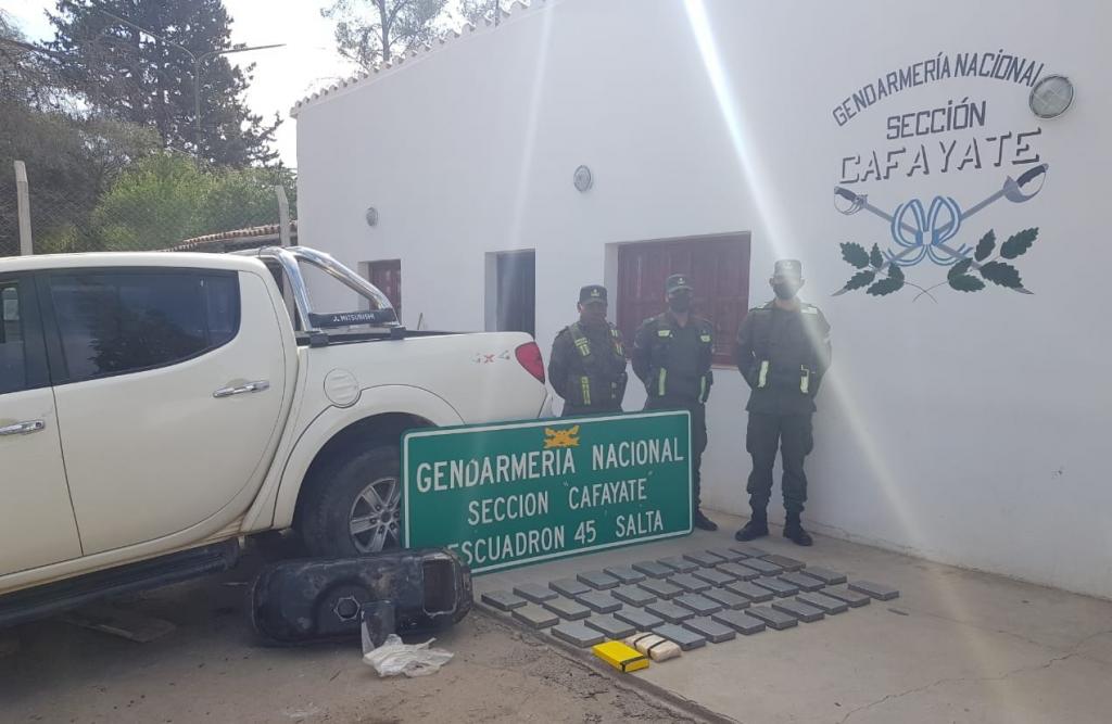 Gendarmería decomisó más de 50 kilos de cocaína en dos operativos en Salta