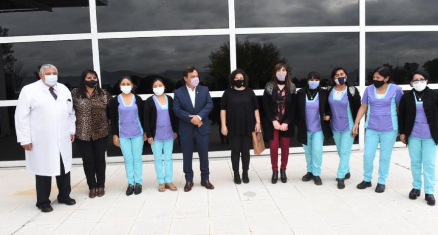 Carla Vizzotti anunció al gobernador de Salta la llegada de respiradores a la provincia