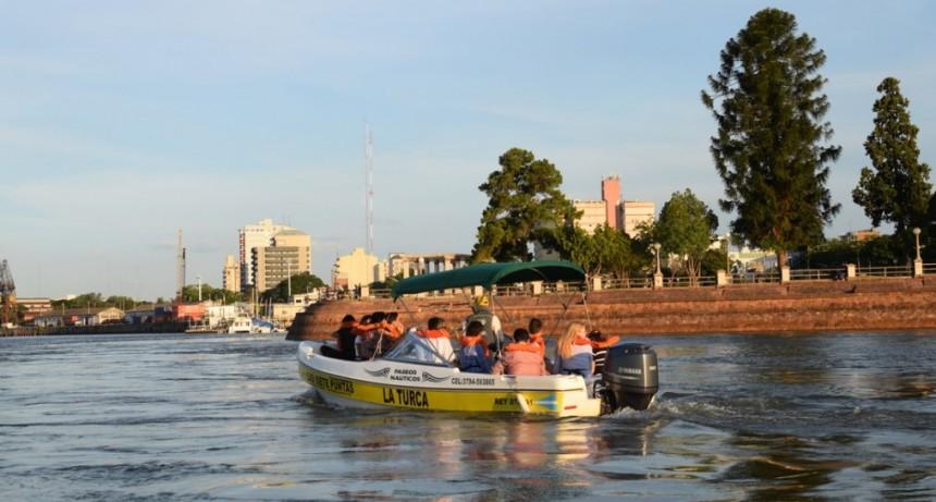Acuerdo para impulsar el deporte y el turismo en municipios correntinos