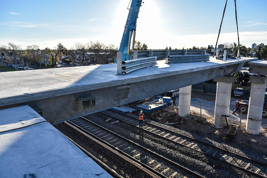 San Antonio de Padua: El Ministerio de Transporte finalizó la colocación del primer puente modular para la línea Sarmiento