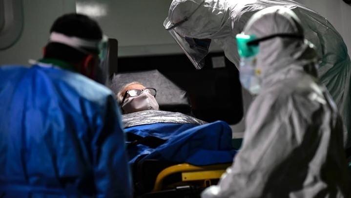 Hubo 607 muertos y 29.757 casos positivos de coronavirus en las últimas 24 horas