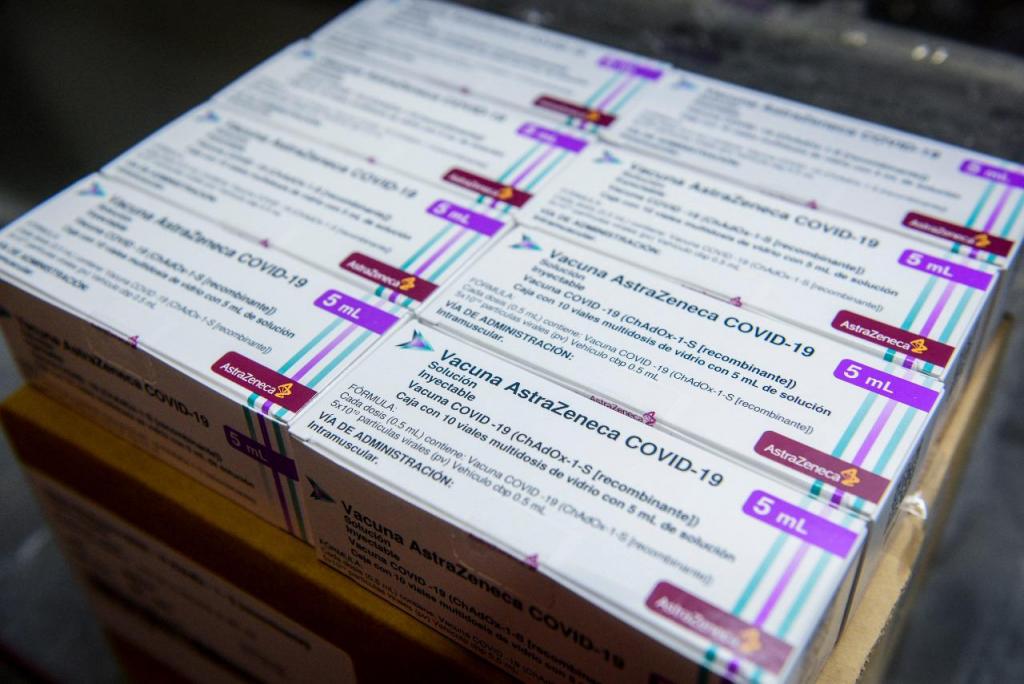 Argentina superará las 20 millones de vacunas recibidas: con la llegada de 811.000 AstraZeneca desde México y el lunes 934.200 desde EEUU