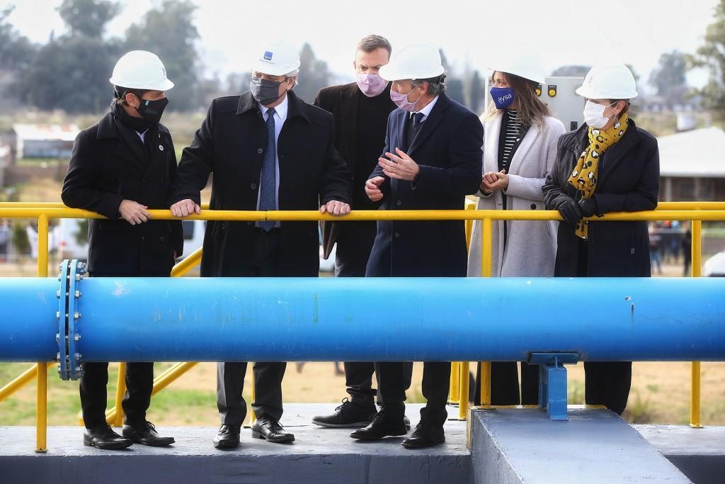 El Presidente inauguró una planta depuradora de AYSA para 30 mil vecinos del partido bonaerense de Presidente Perón