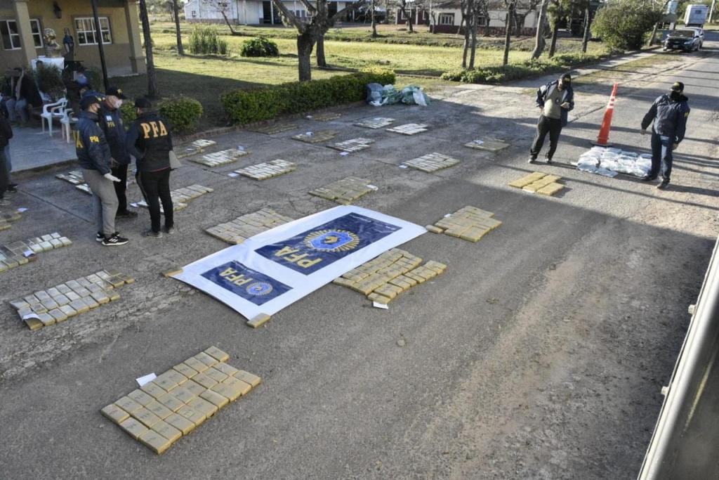 Operación Martes 13: la Policía Federal desarticuló una organización narcotraficante y secuestró más de 800 kilos de marihuana