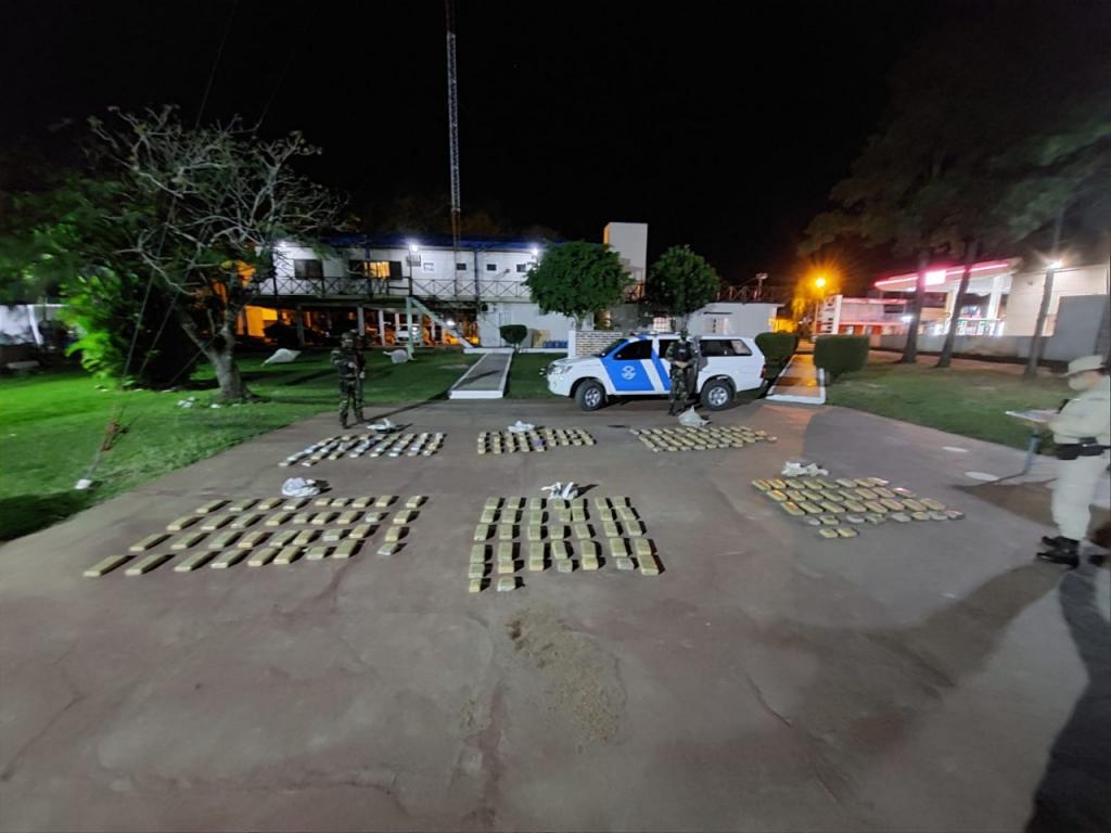 Prefectura Naval Argentina decomisó más de 150 kilos de marihuana en Paso de la Patria