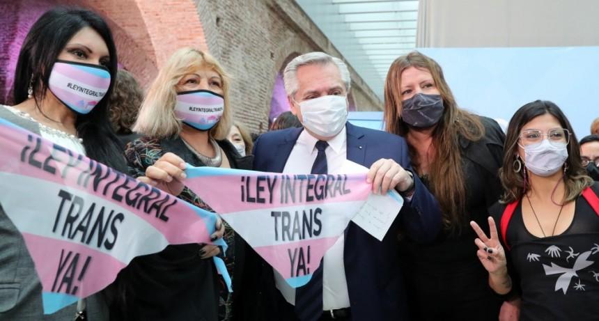 El Presidente promulgó la Ley de Promoción del Acceso al Empleo Formal para Personas Travestis, Transexuales y Transgénero