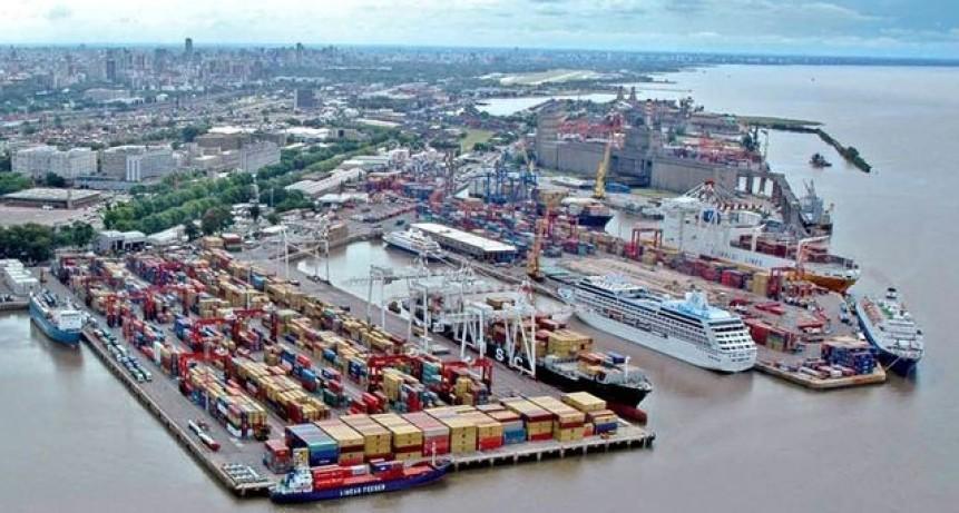 La campaña de vacunación contra el COVID llegó a los puertos y ya alcanza a casi la totalidad del personal embarcado