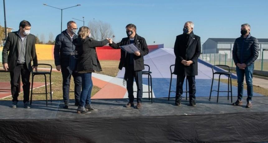 La Provincia entrega 8.000 escrituras a familias bonaerenses