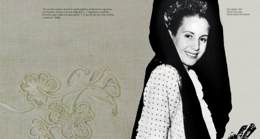 Evita y sus trajes españoles