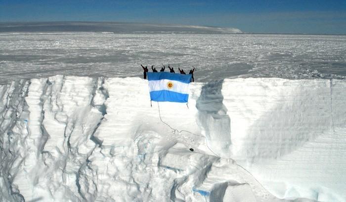 Efeméride nacional del día 5 de Agosto:  Día de la Dirección Nacional del Antártico