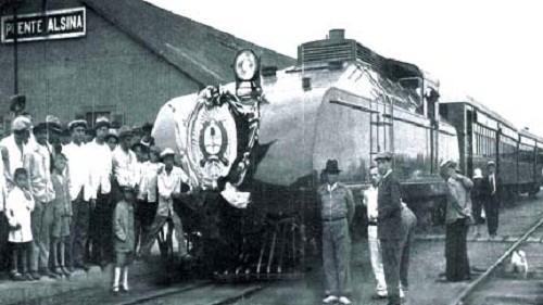 """1931- Las extrañas locomotoras """"Sentinel"""" del Ferrocarril Midland de Buenos Aires"""