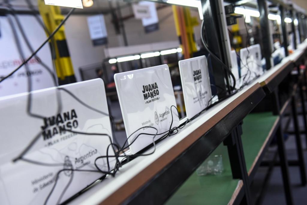 Educación de la Nación comenzará a entregar netbooks en CABA