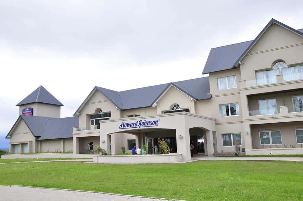 Inauguración de hotel Howard Johnson en La Plata