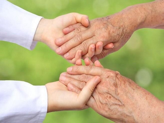 Efeméride nacional del día 28 de Agosto: Día Nacional de la Ancianidad
