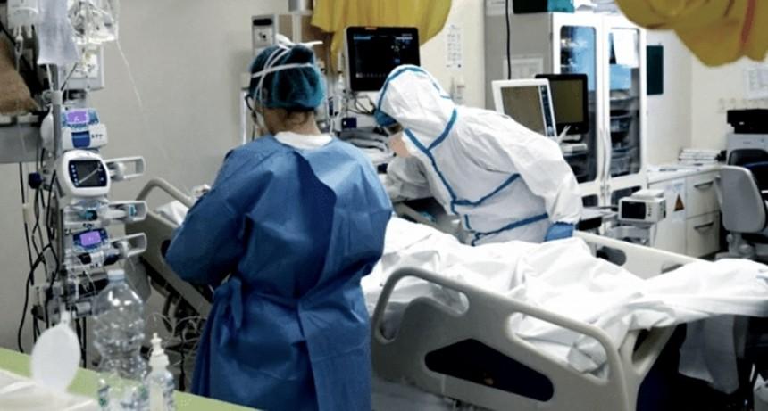 Murieron 135 personas y se detectaron 10.356 nuevos contagios en las últimas 24 horas