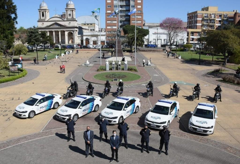 El Municipio de Morón incorporó nuevos automóviles y motos destinados al patrullaje y seguridad
