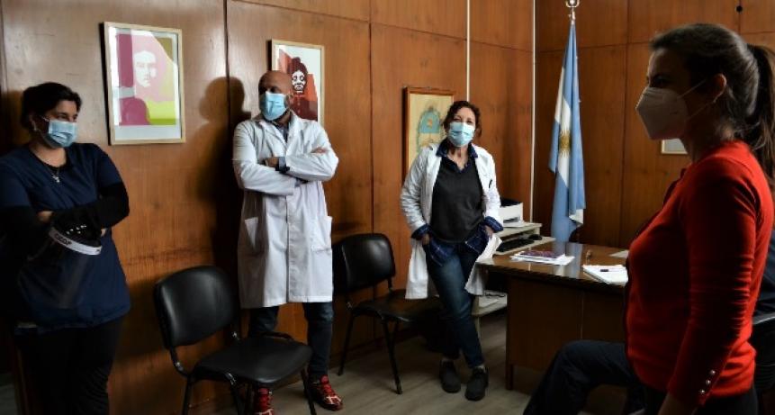 Hospitales bonaerenses reciben kits de comunicación para pacientes internados por COVID-19