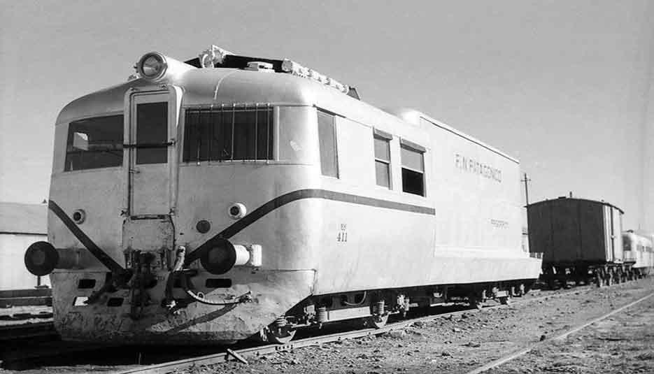 1948  LOS FERROCARRILES PATAGÓNICOS-  Quedan bajo la Administración del  FFCC NACIONAL GENERAL ROCA.