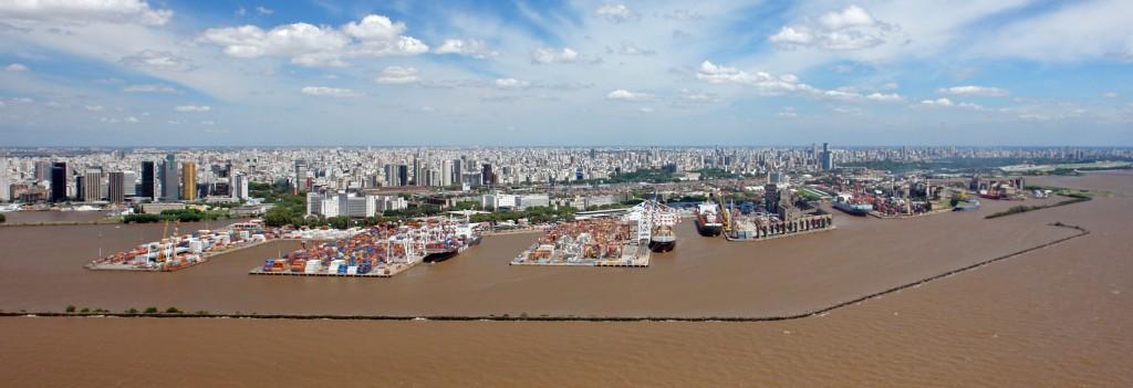 Avanza el desguace de embarcaciones para mejorar la logística y el cuidado ambiental en el Puerto Buenos Aires