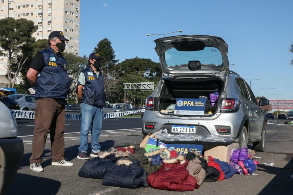 La Policía Federal secuestró 10 kilos de cocaína en la Gral. Paz: dos personas detenidas