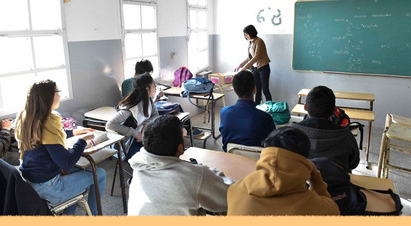 Efeméride nacional del día 21 de Septiembre: Día del Estudiante