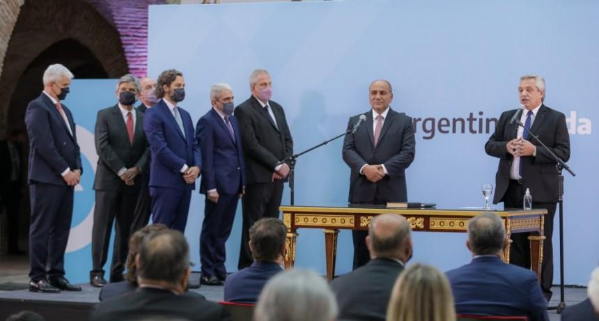 El presidente Alberto Fernández les tomó juramento a los nuevos ministros del Gabinete nacional