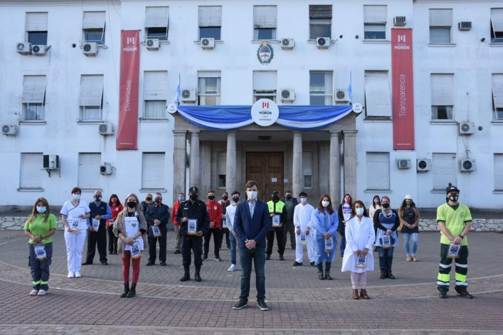 Morón celebró su 235º aniversario con un reconocimiento a trabajadoras y trabajadores esenciales