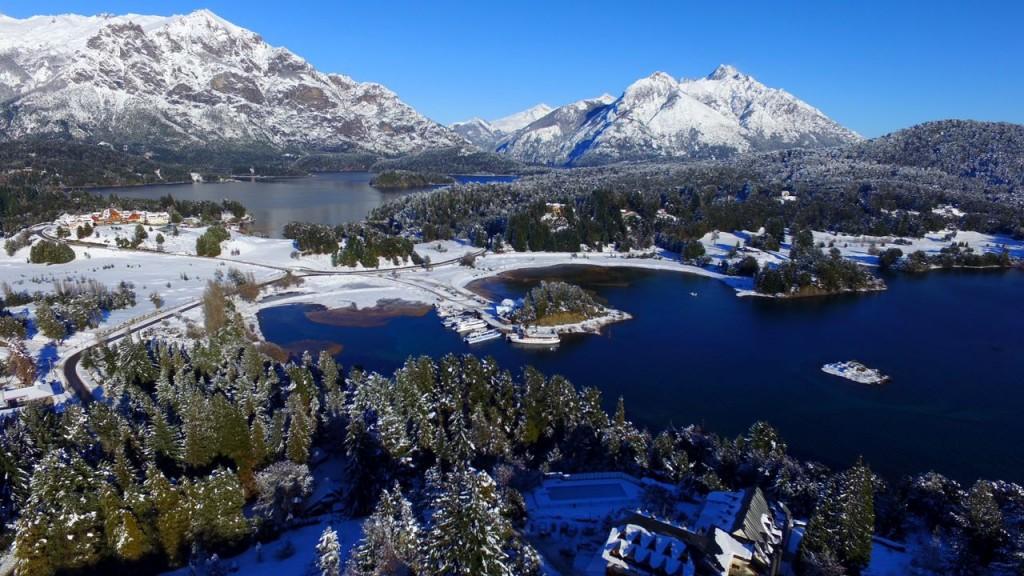 Se firmó el convenio de ayuda extraordinaria para trabajadores del sector turístico de Bariloche