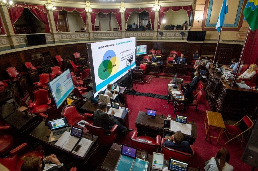 El Ejecutivo provincial presentó el cuarto informe ante la Comisión Bicameral de la Legislatura
