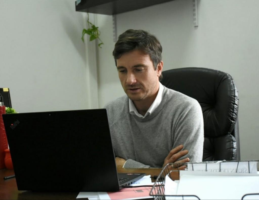 Lucas Ghi participó de la firma de convenios del Fondo de Infraestructura Municipal a cargo de Kicillof