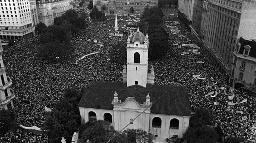Se cumplen 37 años del retorno a la Democracia