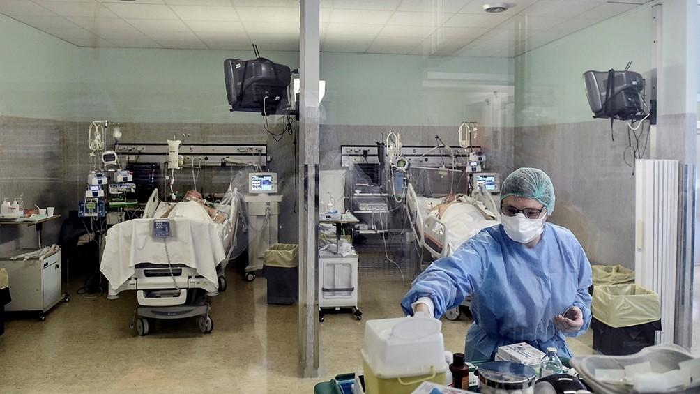 Hubo 52 muertos y 1.350 nuevos contagios de coronavirus en las últimas 24 horas