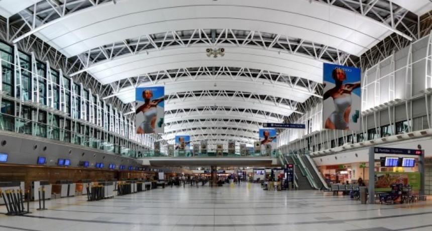 Manzur, Guerrera y Lammens fiscalizaron las obras del Aeropuerto de Ezeiza que permitirán aumentar la capacidad operativa y brindar mayor seguridad aérea