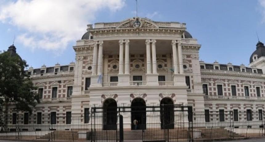 La provincia de Buenos Aires aumentará el sueldo del personal enmarcado en la ley 10430